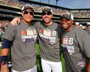Miguel Cabrera, Justin Verlander, & Rajai Davis celebrate winning the 2014 American League Central