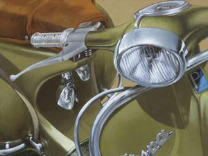 Close Up Khaki by Miguel Garigliano