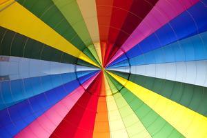 Hot Air Balloon by Miguel Pereira