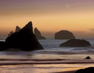Moonset by Mike Jones