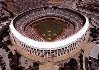 Veterans Stadium - Philadelphia, Pennsylvania (Baseball) by Mike Smith