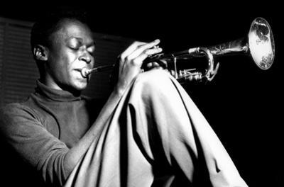 Miles Davis- Sitting With Trumpet