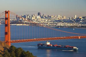 The Golden Gate Bridge and Sand Francisco Skyline by Miles
