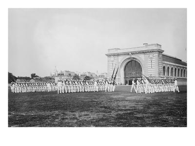 https://imgc.allpostersimages.com/img/posters/military-drills-at-the-naval-academy-grounds_u-L-PGF88L0.jpg?artPerspective=n
