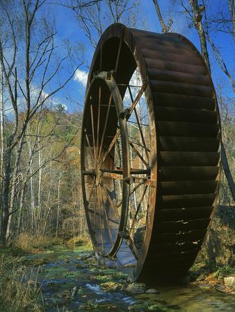 https://imgc.allpostersimages.com/img/posters/mill-wheel-ozark-national-scenic-riverways-missouri-usa_u-L-PN6X4N0.jpg?p=0