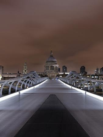 https://imgc.allpostersimages.com/img/posters/millenium-bridge-night-photography-st-paul-s-cathedral-the-thames-london-england-uk_u-L-Q11YU9W0.jpg?p=0