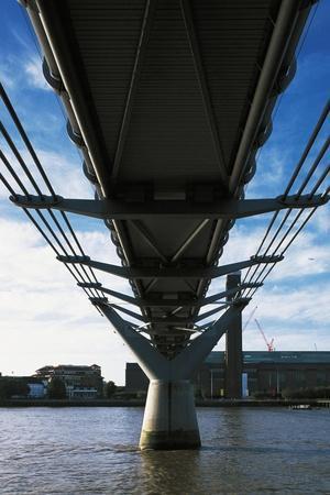 https://imgc.allpostersimages.com/img/posters/millenium-bridge_u-L-PPBGEL0.jpg?p=0