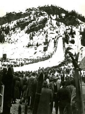 Milwaukee Road Ski Bowl, ca. 1946