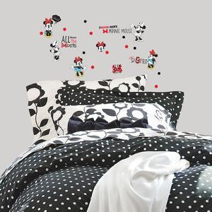 Minnie Rocks the Dots Peel and Stick Wall Decals