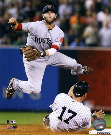 MLB Dustin Pedroia 2011 Action