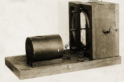 https://imgc.allpostersimages.com/img/posters/model-of-berliners-original-telephone-made-in-1877_u-L-PZNPAK0.jpg?artPerspective=n