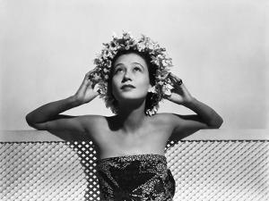 Model Wearing a Head Wreath of Daisies and Nasturtiums