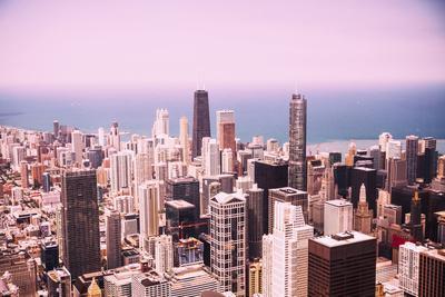 https://imgc.allpostersimages.com/img/posters/modern-chicago-skyline-aerial-view_u-L-Q105M9B0.jpg?p=0