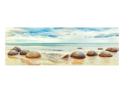 https://imgc.allpostersimages.com/img/posters/moeraki-boulders-new-zealand_u-L-F7PJB90.jpg?p=0