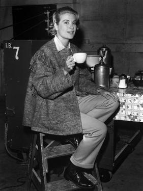 MOGAMBO, 1953 directed by JOHN FORD Grace Kelly (b/w photo)