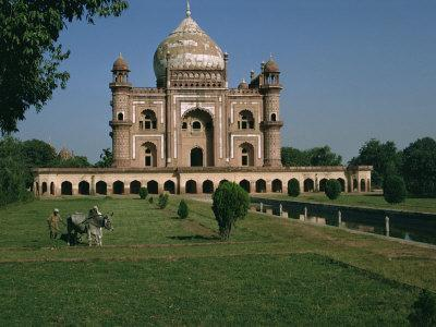 https://imgc.allpostersimages.com/img/posters/moghul-tomb-dating-from-the-18th-century-delhi-india_u-L-P7NHNK0.jpg?p=0