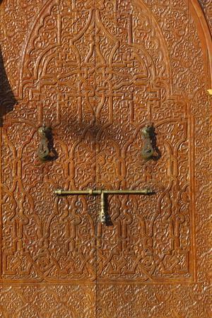 https://imgc.allpostersimages.com/img/posters/mohammed-v-mosque-door-agadir-morocco_u-L-Q1GYGJK0.jpg?artPerspective=n