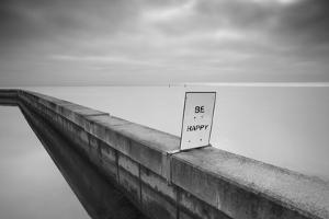 Be Happy by Moises Levy
