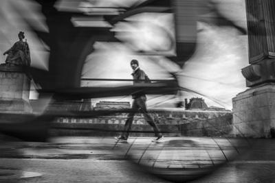 Bike on Paris 2 by Moises Levy