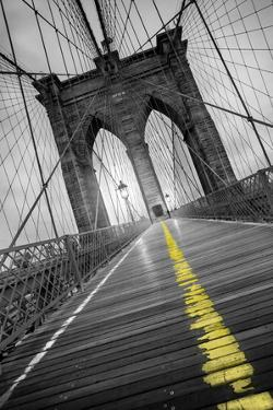 Brooklyn Bridge - Pop by Moises Levy