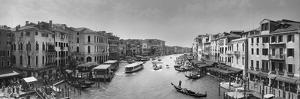 Gran Canale B by Moises Levy