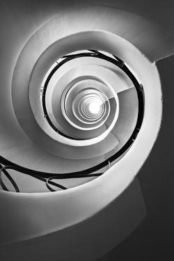 Infinito by Moises Levy