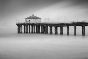 Manhattan Beach 3 by Moises Levy