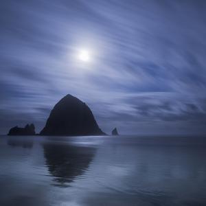 Moon over Canon Beach by Moises Levy