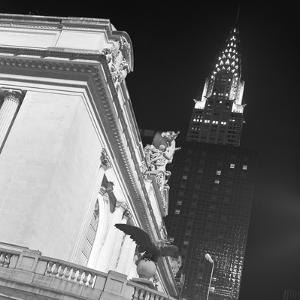 New York 003 by Moises Levy
