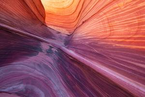 Wave detail 2-1 by Moises Levy
