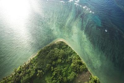 https://imgc.allpostersimages.com/img/posters/molokai-shore-from-above_u-L-Q1CAURI0.jpg?artPerspective=n