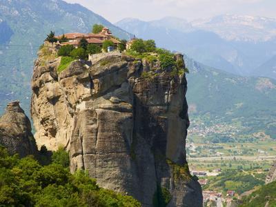 https://imgc.allpostersimages.com/img/posters/monastery-of-the-holy-trinity-agia-triada-meteora-unesco-world-heritage-site-greece-europe_u-L-PFKV5H0.jpg?p=0