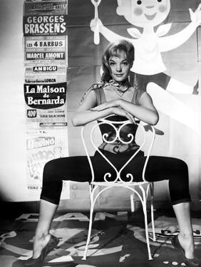 MONPTI, 1957 directed by HELMUT KAUTNER Romy Schneider (b/w photo)