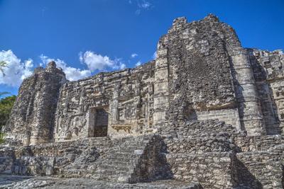 https://imgc.allpostersimages.com/img/posters/monster-mouth-doorway-hormiguero-mayan-archaeological-site_u-L-PWFRU00.jpg?p=0