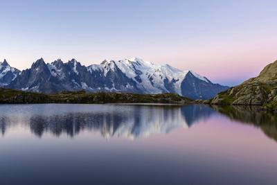 https://imgc.allpostersimages.com/img/posters/mont-blanc-reflected-during-twilight-in-lac-des-cheserys-haute-savoie-french-alps-france_u-L-PWFMFU0.jpg?p=0