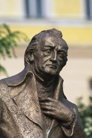 https://imgc.allpostersimages.com/img/posters/monument-to-johann-wolfgang-von-goethe_u-L-PP9SFT0.jpg?artPerspective=n