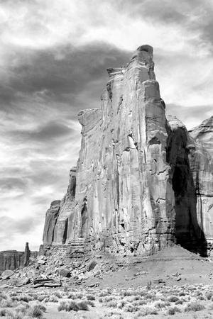 https://imgc.allpostersimages.com/img/posters/monument-valley-i-bw_u-L-Q11UD840.jpg?p=0