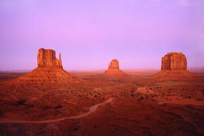 https://imgc.allpostersimages.com/img/posters/monument-valley_u-L-Q1AS1JL0.jpg?p=0