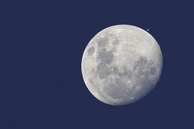 https://imgc.allpostersimages.com/img/posters/moon-and-jupiter_u-L-Q1G01IY0.jpg?artPerspective=n