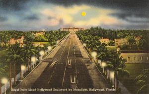 Moon over Hollywood, Florida