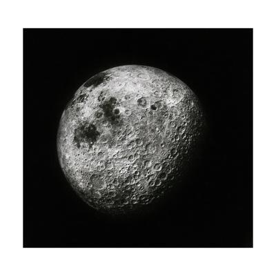 https://imgc.allpostersimages.com/img/posters/moon-seen-from-1000-miles-away-apollo-16-mission_u-L-PYYJTL0.jpg?artPerspective=n