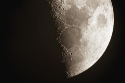 https://imgc.allpostersimages.com/img/posters/moon_u-L-Q10P93A0.jpg?artPerspective=n