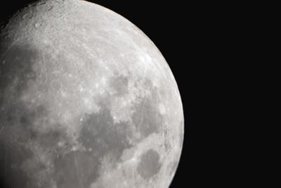https://imgc.allpostersimages.com/img/posters/moon_u-L-Q10P94E0.jpg?artPerspective=n