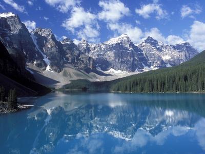 https://imgc.allpostersimages.com/img/posters/moraine-lake-in-the-valley-of-ten-peaks-canada_u-L-P246JN0.jpg?p=0