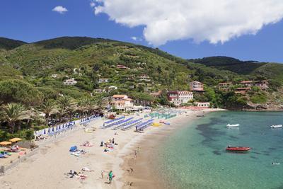 https://imgc.allpostersimages.com/img/posters/morcone-beach-golfo-stella-island-of-elba-livorno-province-tuscany-italy_u-L-PWFM3I0.jpg?p=0