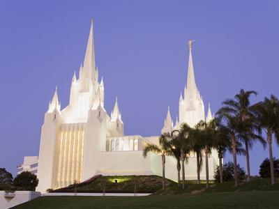 https://imgc.allpostersimages.com/img/posters/mormon-temple-in-la-jolla-san-diego-county-california-united-states-of-america-north-america_u-L-PFNE2I0.jpg?p=0