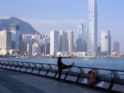 https://imgc.allpostersimages.com/img/posters/morning-exercise-victoria-harbour-and-hong-kong-island-skyline-hong-kong-china_u-L-P1K0120.jpg?p=0