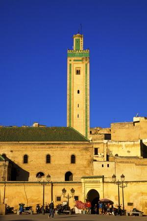 https://imgc.allpostersimages.com/img/posters/mosque-r-cif-r-cif-square-place-er-rsif-fez-morocco-north-africa-africa_u-L-PQ8MTB0.jpg?p=0