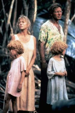 MOSQUITO COAST, 1986 directed by PETER WEIR Helen Mirren and Harrison Ford (photo)