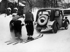 Motor Skiing